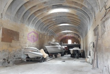 Warehouse For Storage of Good in Malta