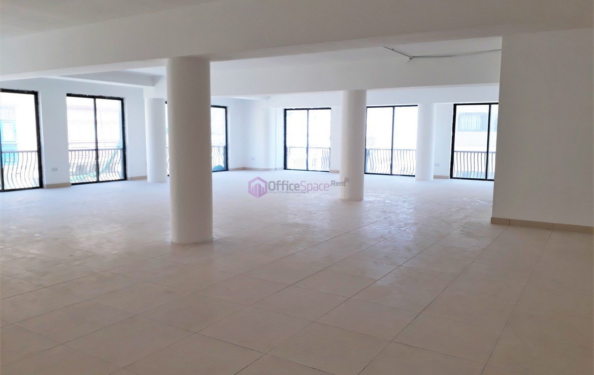 Office Mosta To Let