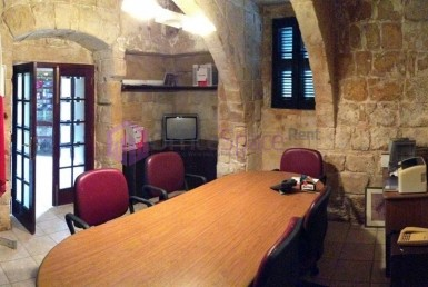 Office in Naxxar To Let