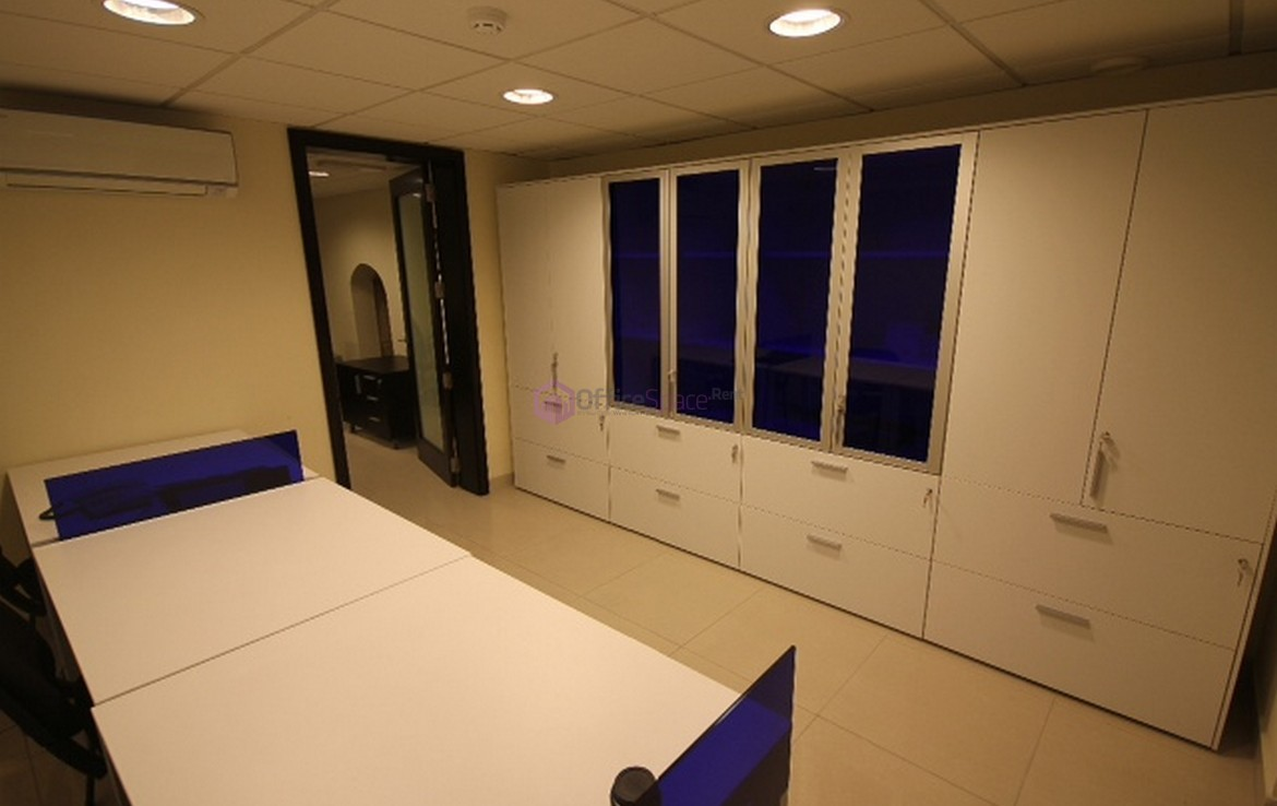 Singe person office valletta office space renting in for Office space basement