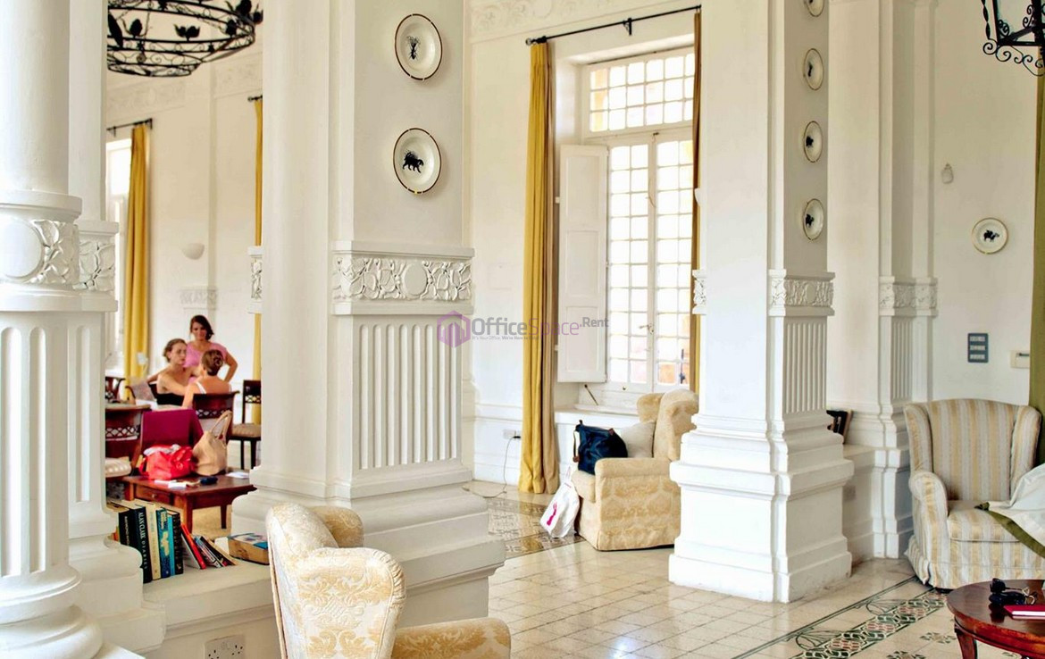 Iconic Villa Palazzo To Let St Julians
