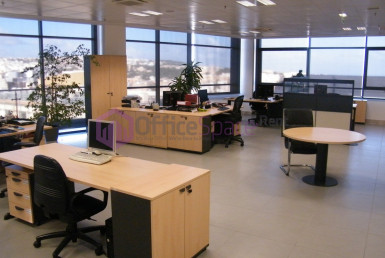 Professional Business Centre Office To Let