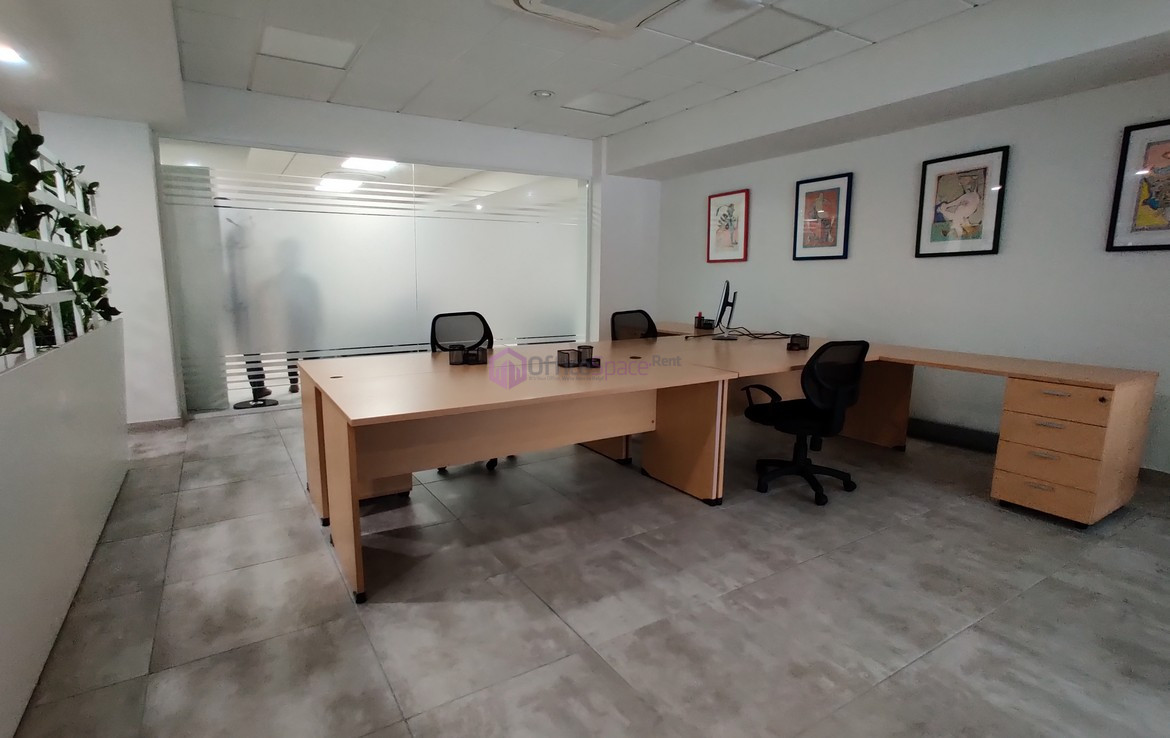 Office Space in Business Centre
