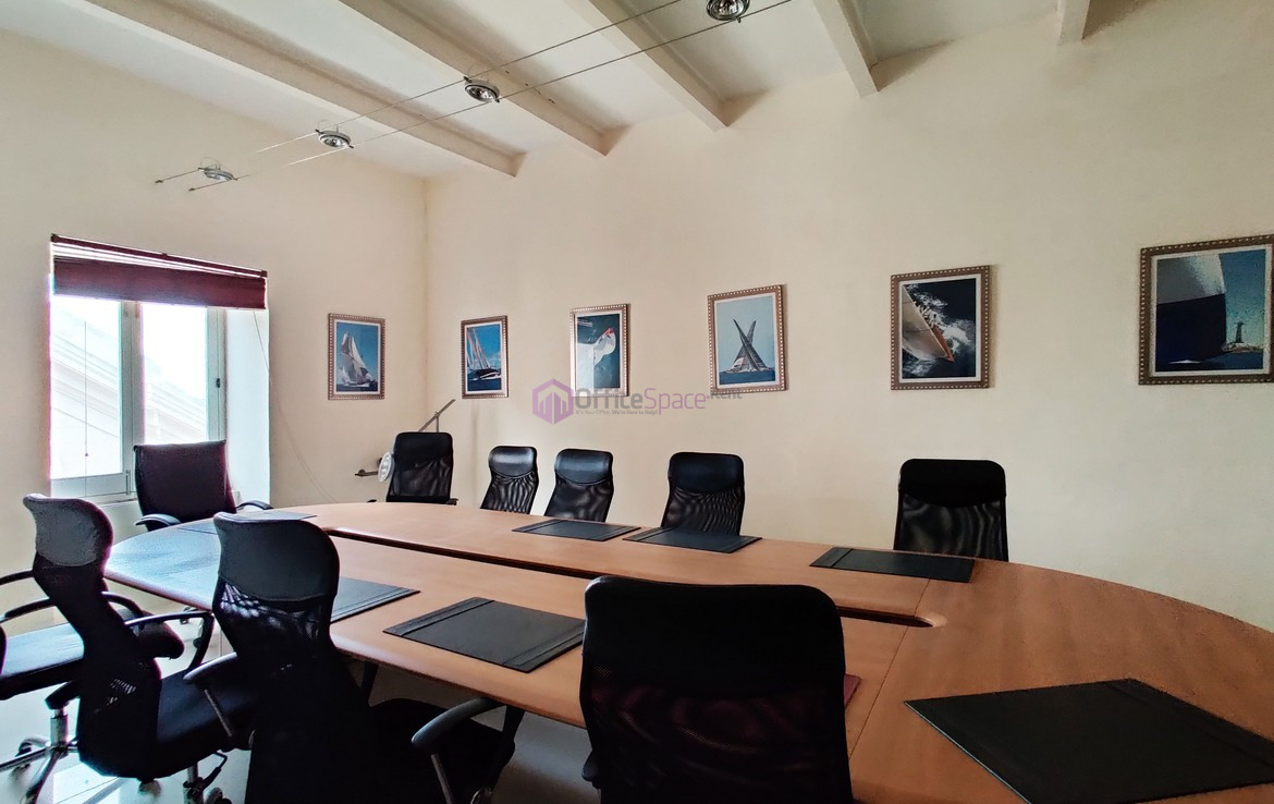 Prime Location Valletta Office to Let